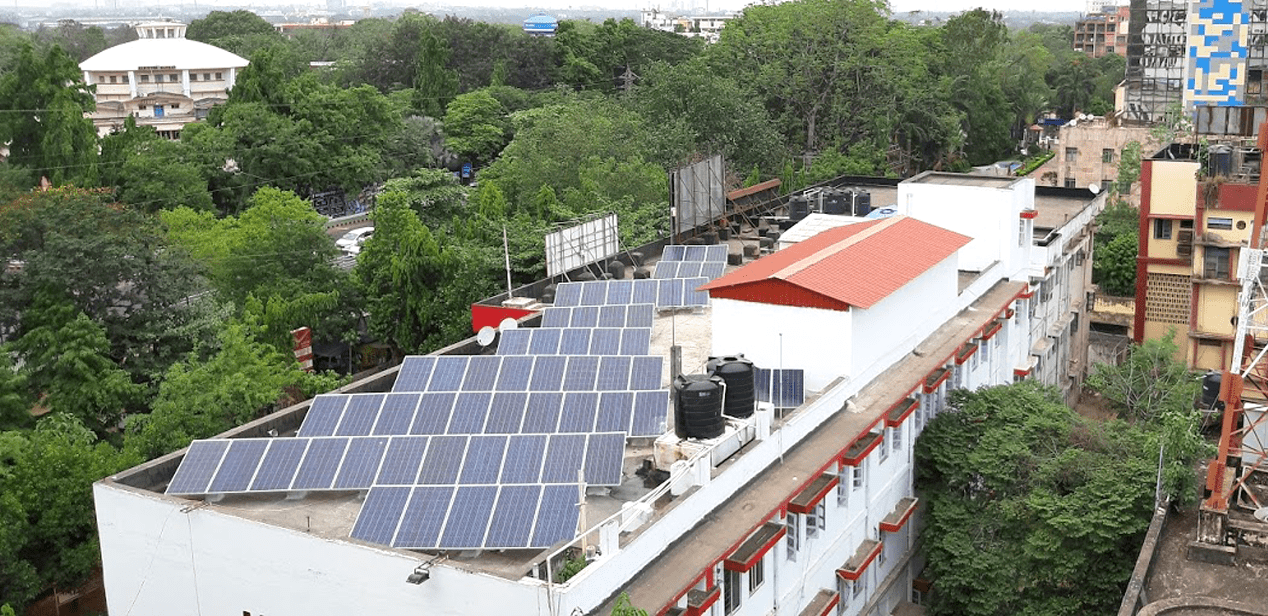 Rooftop solar power solutions for commercial & industrial customers
